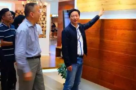 圣象地板董事长陈晓龙走访天津圣象空间设计中心呼伦贝尔